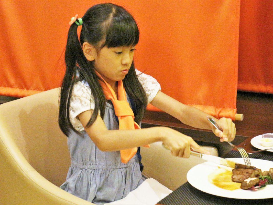 テーブルマナー講習for KIDS |  ホテルウィングインターナショナルプレミアム東京四谷